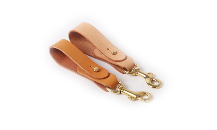 Wholesales price good quality custom real leather key chain