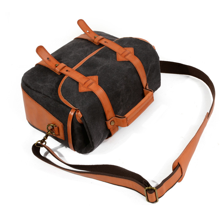 Amazon hot selling good quality vintage style messenger bag waxy canvas leather camera bag